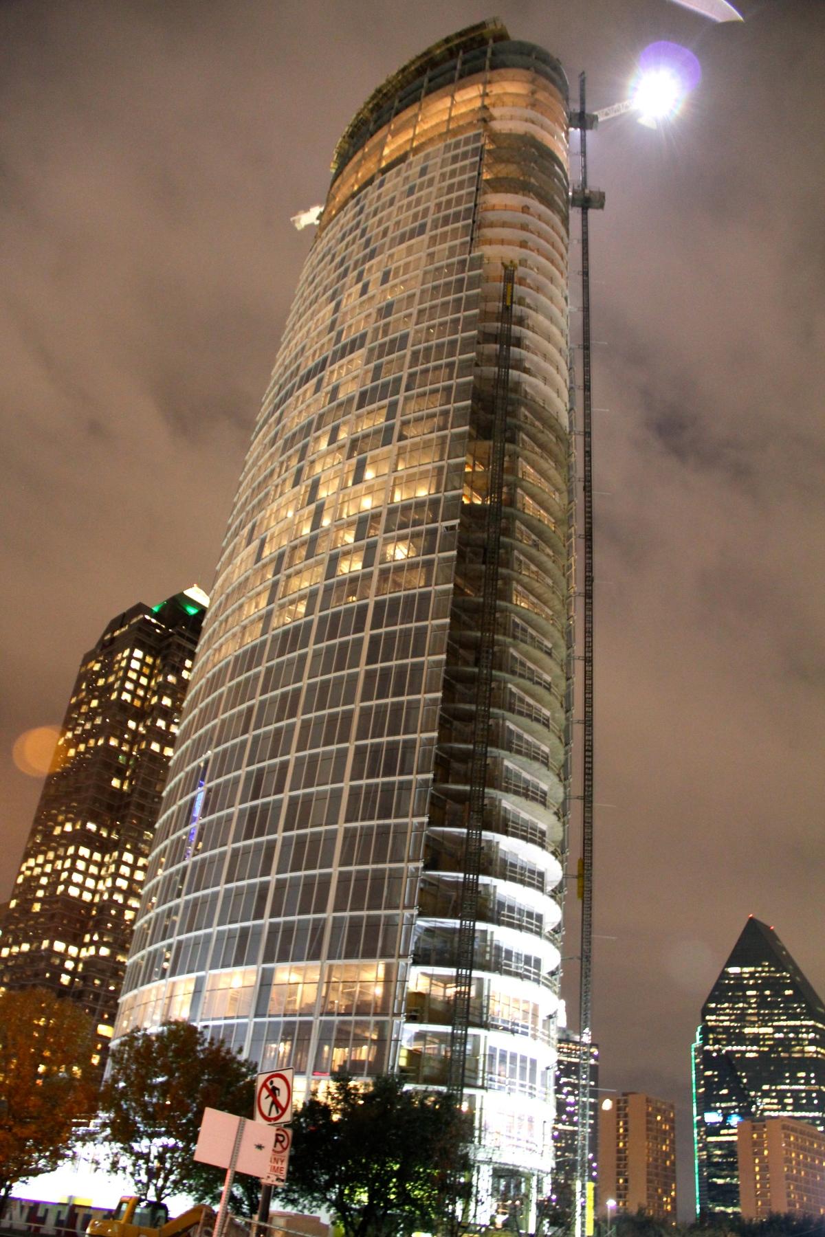 Museum Tower Tour: 43 story skyscraper in Dallas,TX